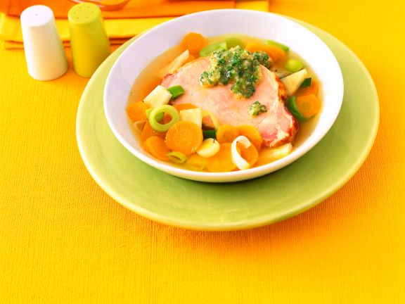 Gemüseeintopf mit Kasseler und Schnittlauch-Pesto