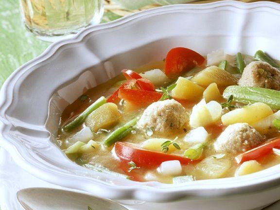 Gemüseeintopg mit Fleischbällchen