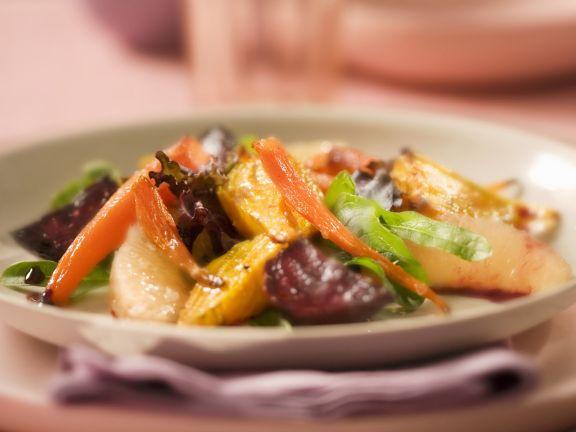 Gemüsesalat mit Granatapfelvinaigrette
