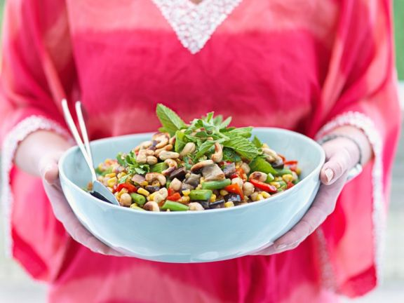Gemüsesalat mit Kichererbsen