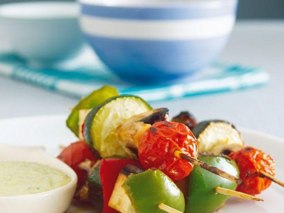 Gemüsespieße mit Bohnenpüree