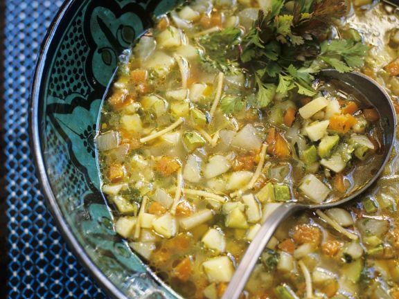 Gemüsesuppe auf marokkanische Art