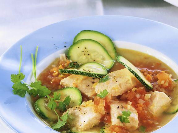 Gemüsesuppe mit Lachs