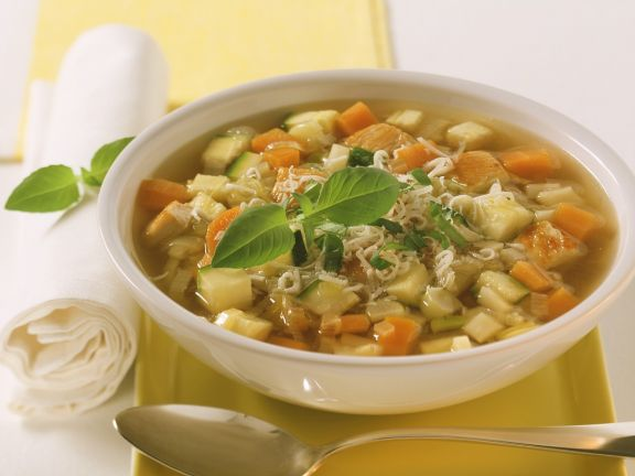 Gemüsesuppe mit Pute