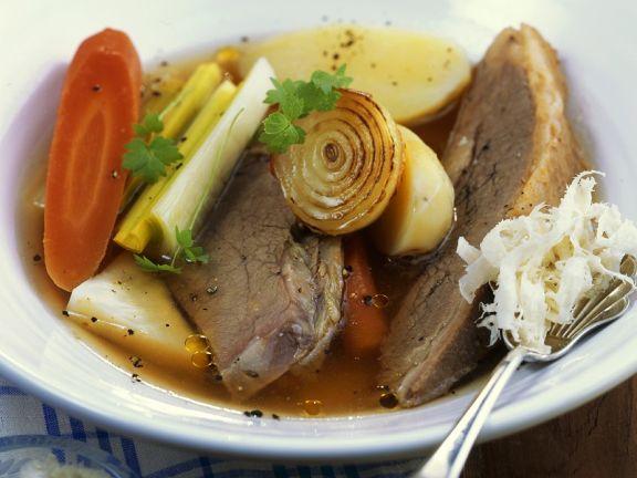 Gemüsesuppe mit Rind