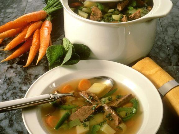 Gemüsesuppe mit Suppenfleisch