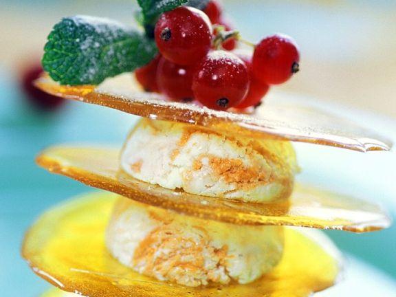 Geschichtetes Joghurt-Orangen-Eis