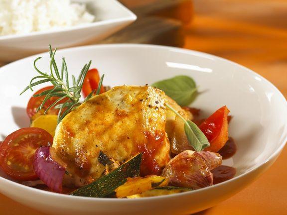 Geschmortes Hähnchen mit Gemüse