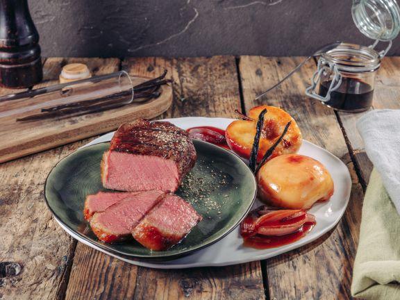 geschmortes irish sirloin steak mit vanilleapfel und balsamico schalotten 656757