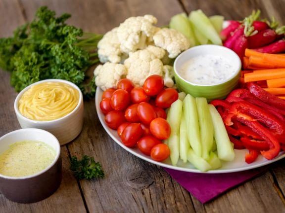 Rohes veganes Menü zur Gewichtsreduktion
