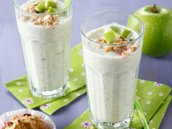 Getreide-Smoothie mit Äpfeln