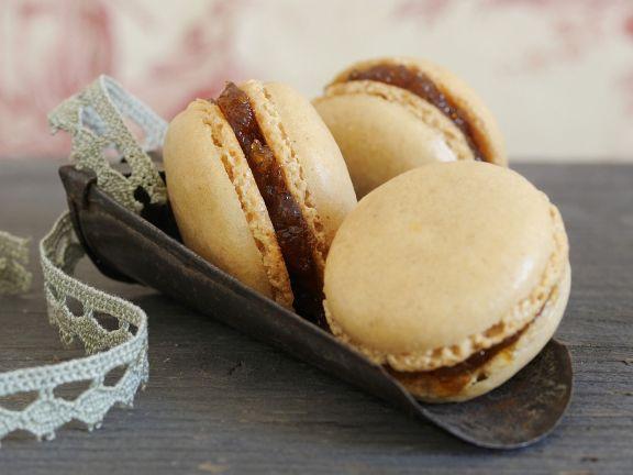 Gewürz-Macarons mit Apfelfüllung