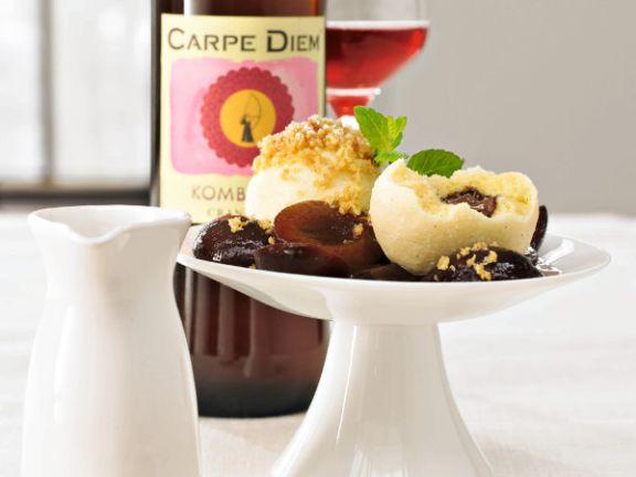 Gewürzschokoladenknödel mit Kombucha-Cranberry-Zwetschgen