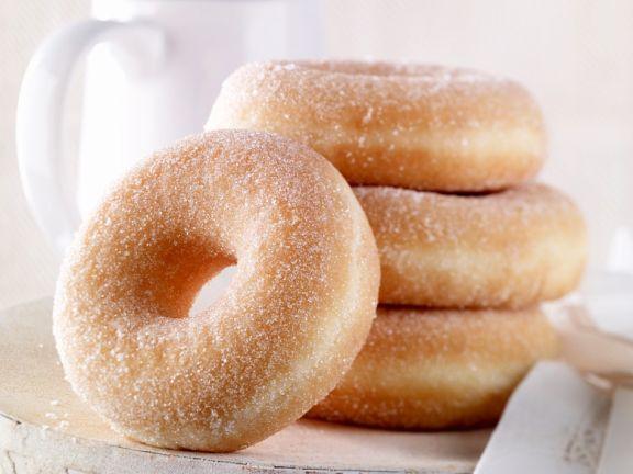 Gezuckerte Doughnuts