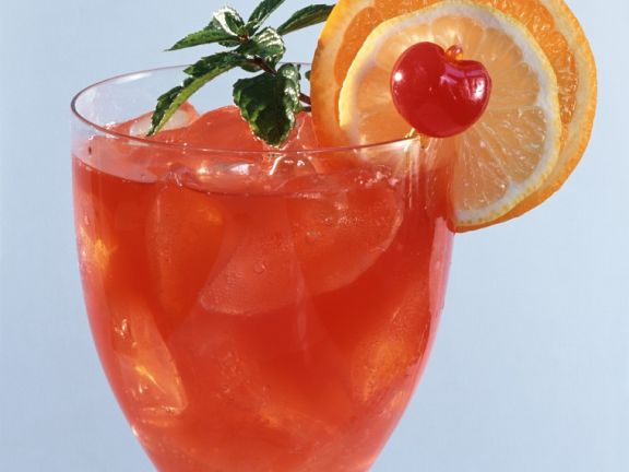 Gin-Kirsch-Cocktail