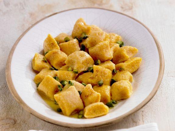 Gnocchi aus Süßkartoffeln mit Pistazien