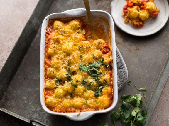 Gnocchi-Gratin mit Linsen-Tomaten-Sauce