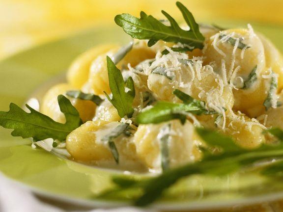 Gnocchi mit Käsesauce