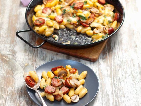 Gnocchi mit Schinkenwurst und Mozzarella