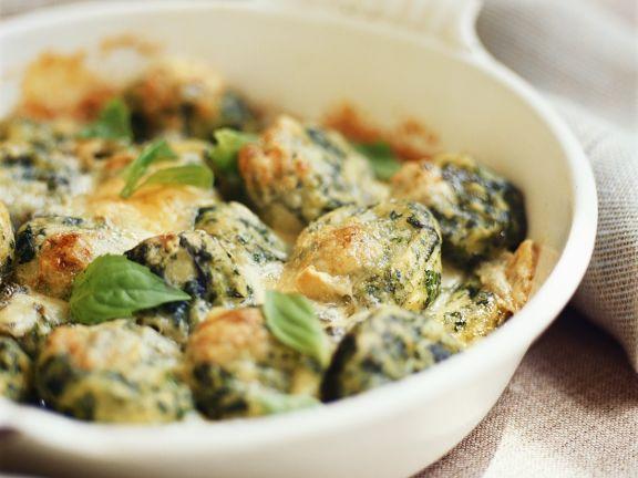 Gnocchi mit Spinat und Basilikum