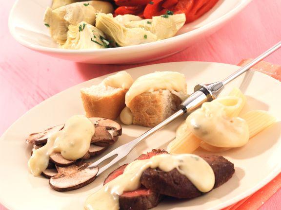 Gorgonzola-Provolone-Fondue