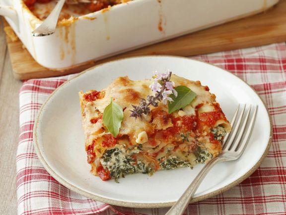 Gratinierte Cannelloni mit Spinat-Ricotta-Füllung