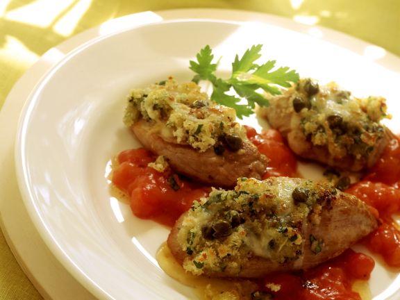 Gratiniertes Schweinefilet mit Tomatensoße