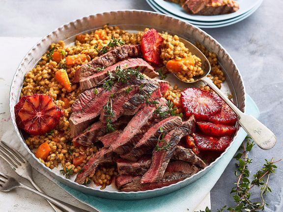 Graupen-Risotto mit Blutorange und Steakstreifen