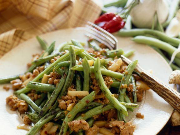 Grüne Bohnen-Hähnchensalat mit Chili