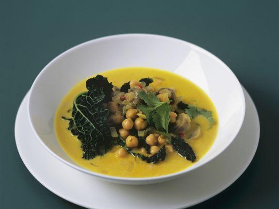 Grünkohl mit Kichererbsen in Currysauce