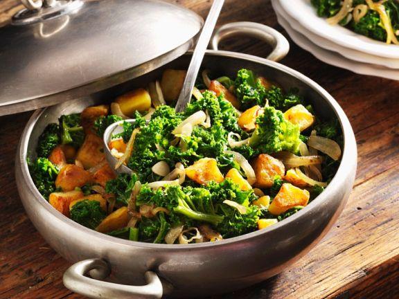 Grünkohl mit Wurst und Kartoffel