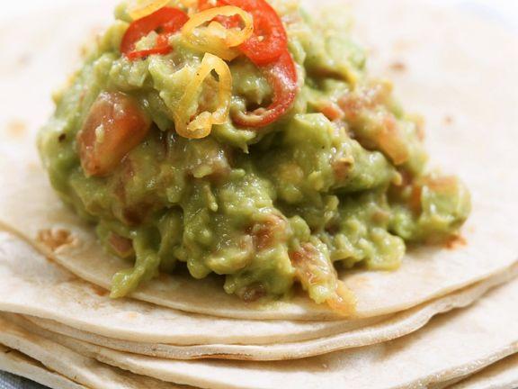 Guacamole mit Tortillafladen