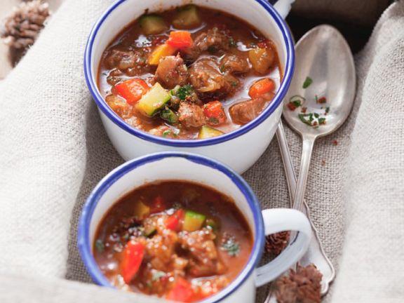 Gulaschsuppe mit Gemüse