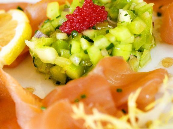Gurkensalat mit Lachs