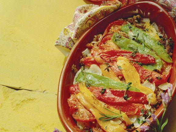 Hackfleisch-Reisauflauf mit marinierten Paprika