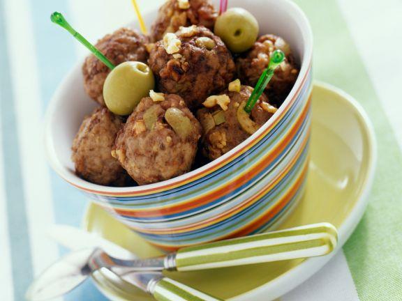 Hackfleischbällchen mit Oliven