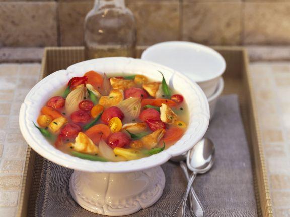 Hähnchen-Gemüse-Suppe