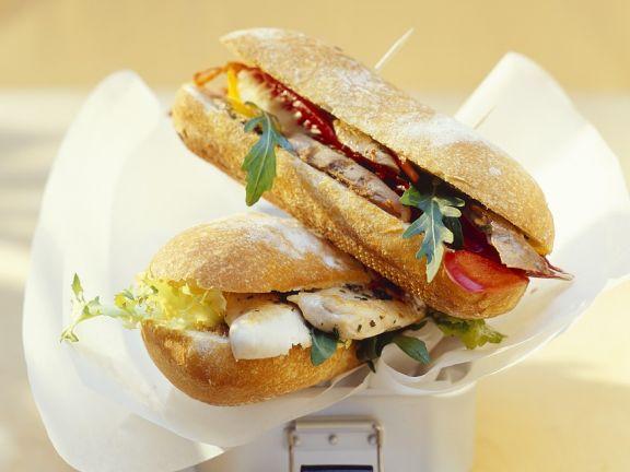 Hähnchen-Lamm-Sandwich