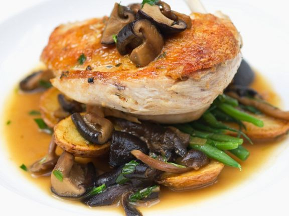 Hähnchen mit Pilzen und Gemüse