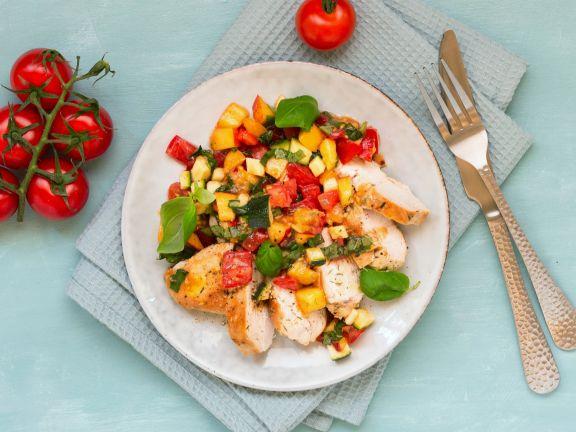 Hähnchenbrust mit Nektarinen-Tomaten-Salsa