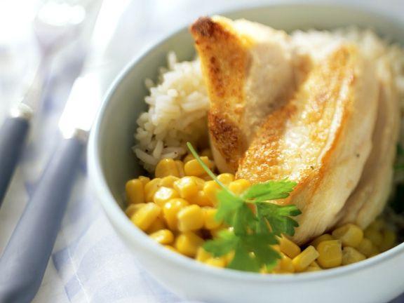 Hähnchenbrustfilet mit Mais und Reis