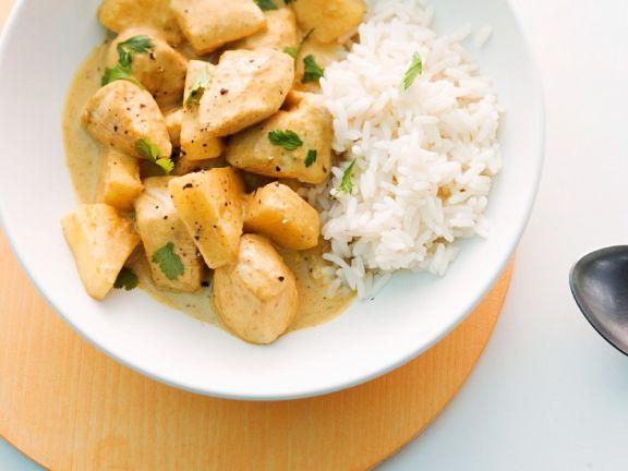 Hähnchencurry mit Ananas und Reis