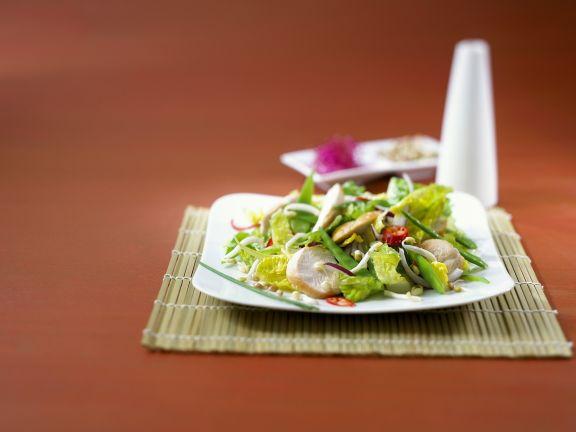 Hähnchenfilet mit Asiatischen Salat