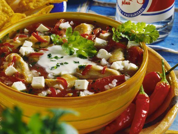 Hähnchenstopf mit Feta und Peperoni auf mexikanische Art