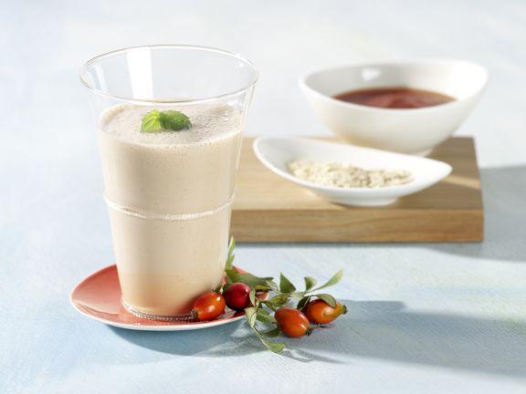 Hagebutten-Milch-Shake