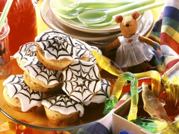halloween muffins rezept eat smarter. Black Bedroom Furniture Sets. Home Design Ideas