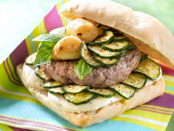Hamburger im Ciabatta-Brötchen