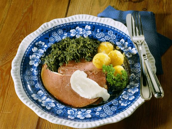 Hamburger Rauchfleisch mit Grünkohl