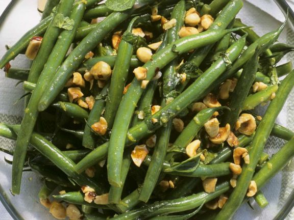 Haselnuss-Bohnen-Salat