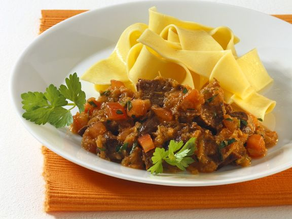 Hasenragout mit Nudeln